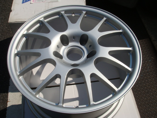 http://www.myc911.com/for_sale/2012/09/19/DSC08357.JPG